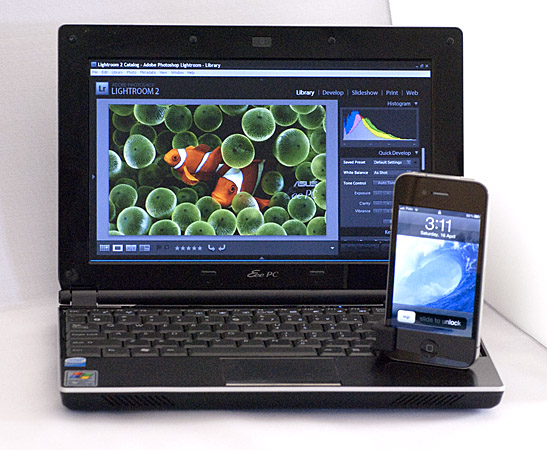 [Image: EEEPC and iPhone 4.jpg]