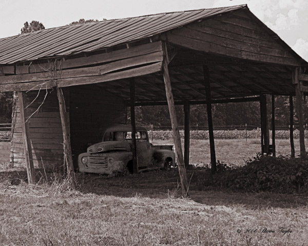 [Image: barn from raw.jpg]