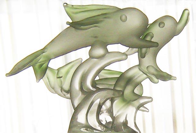 [Image: glassdolphins2SM.jpg]