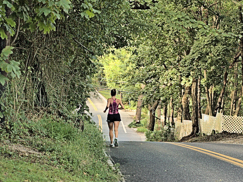 [Image: jogger2SM.jpg]