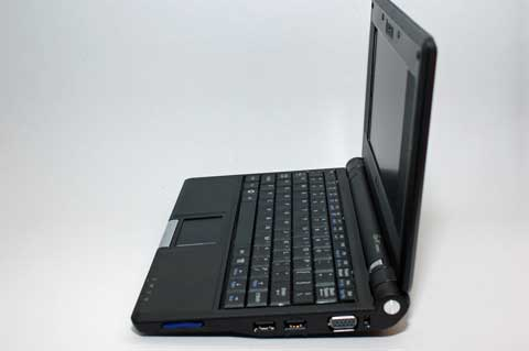 Side Profile: SD Card Reader, USB Slots & VGA Port